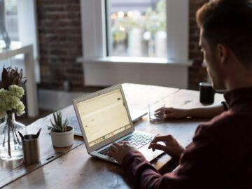 Jak zabránit úrazu zaměstnance na home office? Aco dělat, když kněmu přesto dojde?