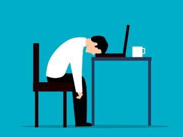Vzrůstá počet stížností na zaměstnavatele, podle zaměstnanců jim neplatí přesčasy